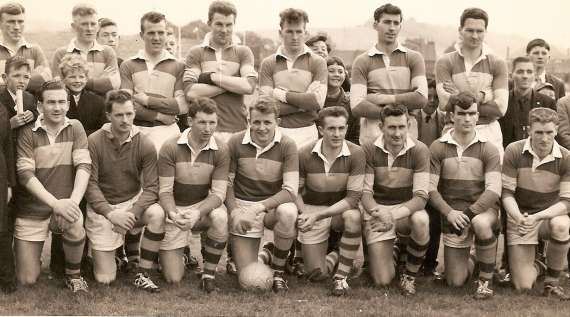 /photos/cache/kerry-teams/1960-challange-v-down-killarney.-small-boy-second-row-left-standing-denny-murphy-won-an-under-21-all-ireland-with-kerry-in-1975b_w800.jpg