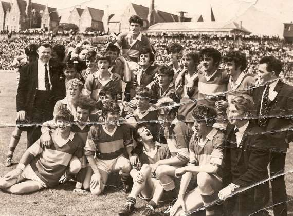 /photos/cache/kerry-teams/1970-munster-champs-lost-all-ireland-final.-inc-mickey-o-sullivan-ger-o-keeffe-jim-dennihan-paudie-o-mahoney-ger-power.paudie-lynch-john-long-ger-dillon-padraig-brosnanbernard-o-sheab_w800.jpg