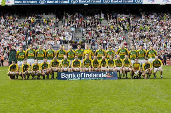 /photos/cache/kerry-teams/2006-team_w800.jpg