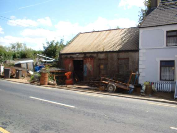 /photos/cache/miscellaneous-photos-from-around-kerry/last-blacksmith-shop-in-kerry-castlemaine_w800.jpg